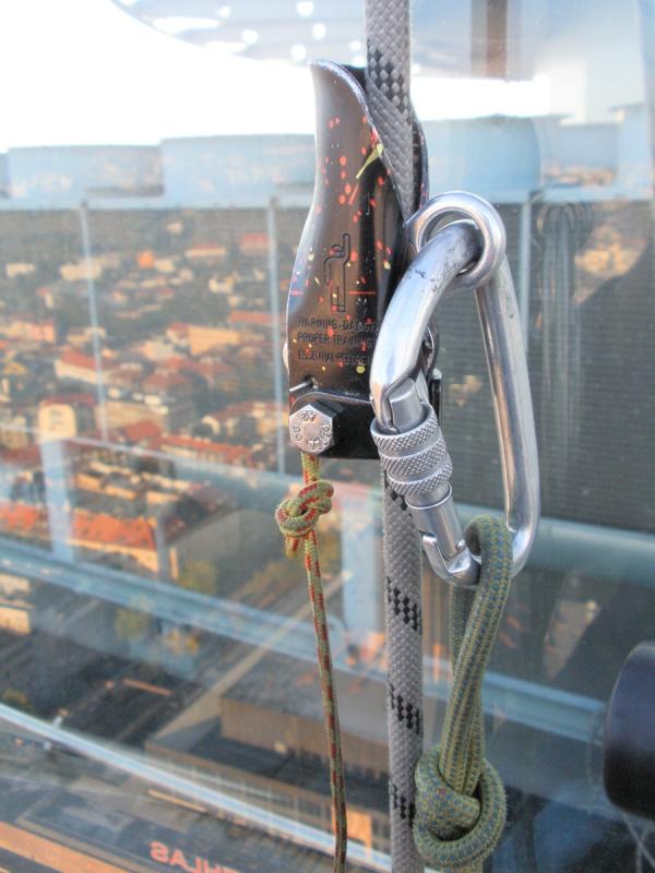 výškové práce - karabína a lano